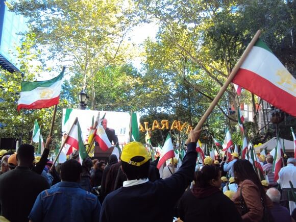 Thousands of supporters of the MEK rallied outside the UN Tuesday. (Photo: Alex Kane)