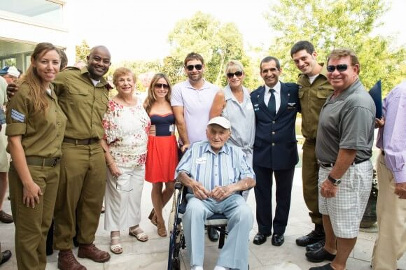 (left to right) Marina Waglter, Yanatan Rehoven, Daniel Gamlieli and Brigadier General Yakov Shaharabani with Lil and Alfy Nathan, Sara and Corey Goldberg, Sherry and Michael Goldberg (Photo: Romy Modlin)