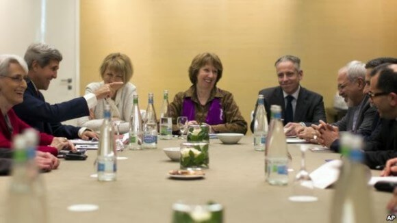 John Kerry meets with EU High Representative for Foreign Affairs, Catherine Ashton and Iranian Foreign Minister Mohammad Javad Zarif in Geneva, November 9, 2013. (Photo: AP)
