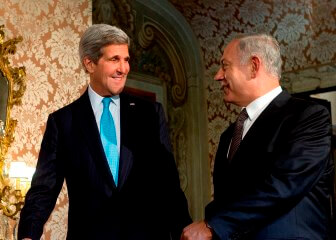 Kerry (left) and Netanyahu. Photo credit:  Galei Zahal