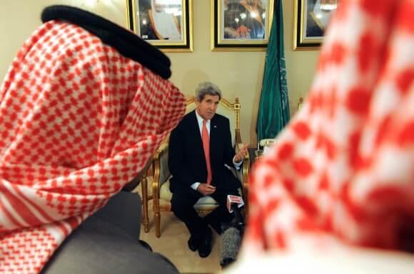 John Kerry meeting in Saudi Arabia, Sunday, January 5 2014. (Photo: US State Department)