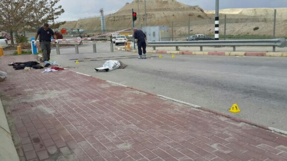 Raed Zuaiter lying dead at the Allenby Bridge on March 10.