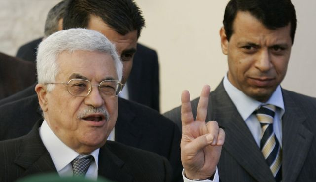 Mahmoud Abbas, left, and Mohammed Dahlan. (Photo: AP)