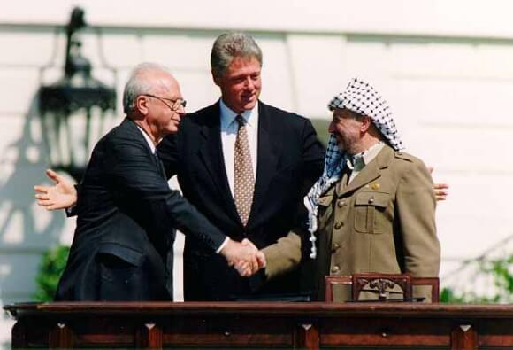 Clinton, Rabin, and Arafat on the White House lawn, 1993