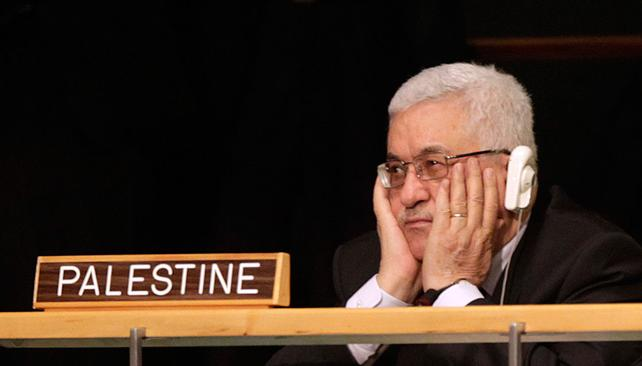 Mahmoud Abbas listening to Barack Obama at the UN General Assembly in 2011. (Photo: Seth Wenig/AP)