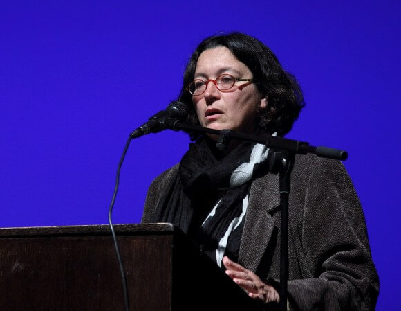 Amira Hass speaking at a Breaking the Silence event in Tel Aviv in 2010. (Photo: Yossi Gurvitz/Flickr)