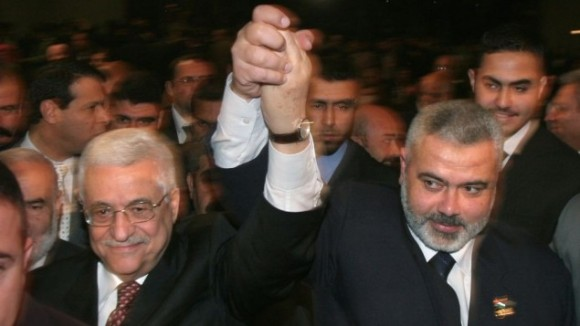 Mahmoud Abbas and Ismail Haniyeh in Gaza City, March, 2007. (Photo: AP/Hatem Moussa)