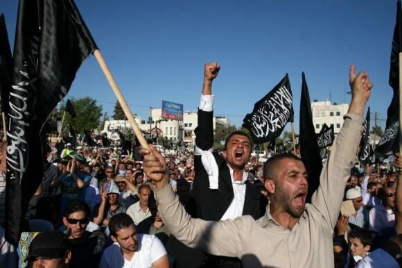 Hizb ut-Tahrir demonstration in Ramallah, July 7, 2012 (Photo: Issam Rimawi/Flash90)