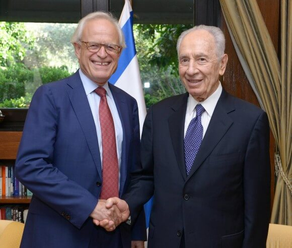 Martin Indyk with Shimon Peres, photo by Mark Neiman, Israeli Government Press Office