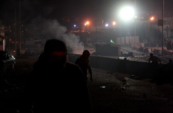 The clashes between theShababand the army lasted until the early morning. (Photo: Martin Gajsek)