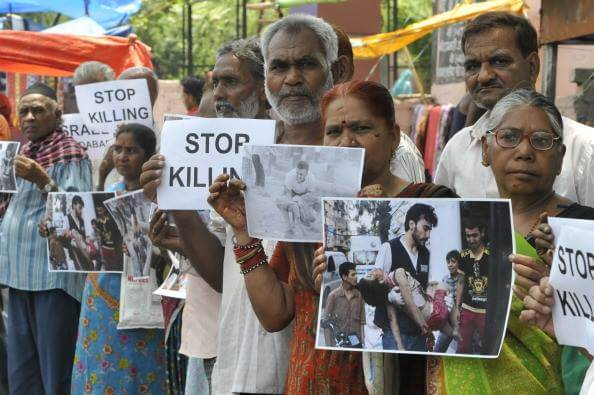Bhopal gas victims, Bhopal, India (photo: Palestine Solidarity Committee in India)