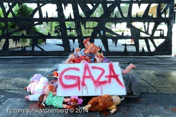 Jews Against Genocide protest at Yad Vashem.