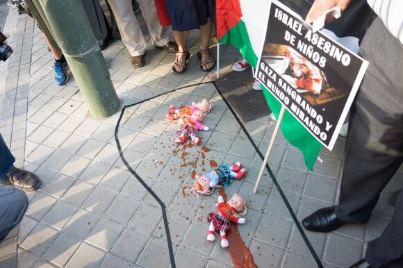 """""""Jews Against Genocide"""" protest in Madrid."""