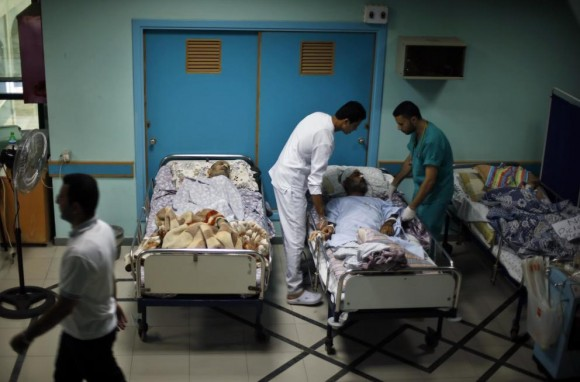Medical staff care for disabled patients at the el-Wafa Rehabilitation Hospital in Gaza City. (Photo: Reuters)