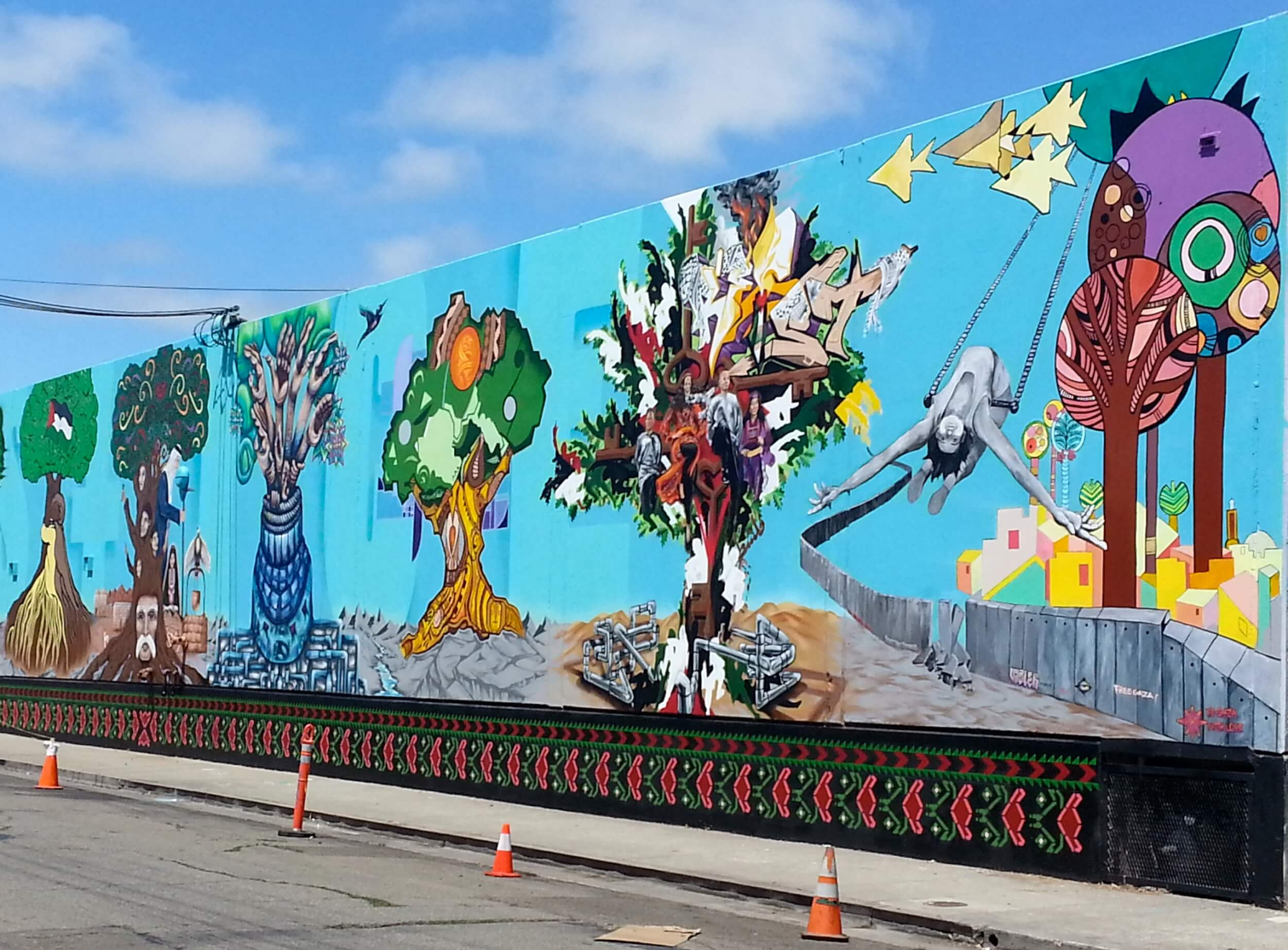Oakland Palestine Solidarity Mural unveiled Aug. 10, 2014 (photo: Henry Norr)