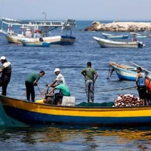 Hatem Moussa photo of Gaza fishermen, August 2014