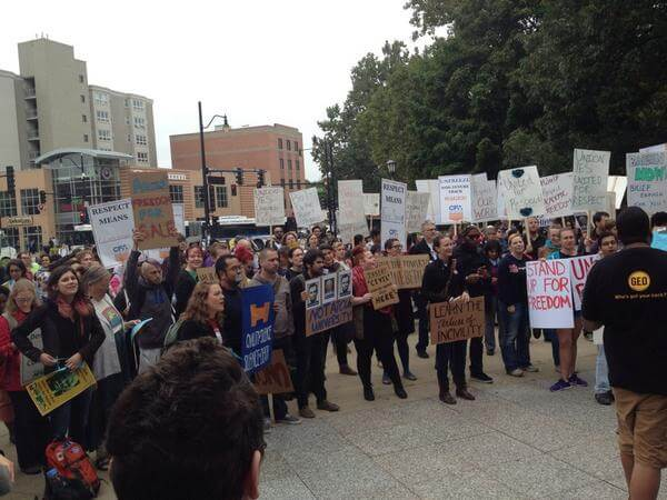 Protest in support of Steven Salaita. (Photo: Twitter)