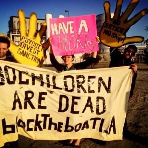Block the Boat LA activists (Photo: Facebook)