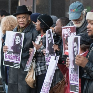 Detroiters protest the Rasmea Odeh trial taking currently taking place at the U.S. District Court. (Photo: Jacob Giampa/Detroit Metro Times)