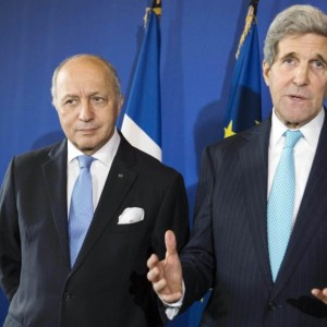 U.S. Secretary of State John Kerry, right, and French Foreign Affairs Minister Laurent Fabius give a press conference at the Quai d'Orsay in Paris Wednesday Nov. 5, 2014.