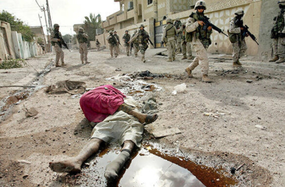 US patrol in Fallujah, 2004. Photo by Anja Niedringhaus, AP