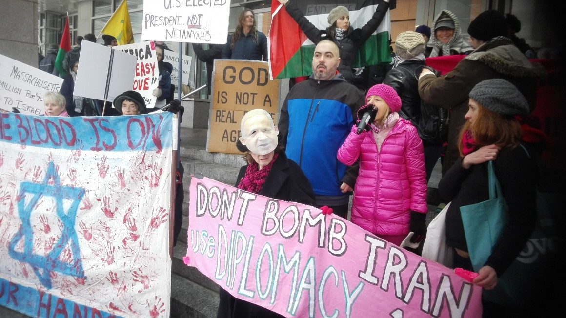 Protest outside the AIPAC policy conference. (Photo:  Yasmine El-Sabawi)