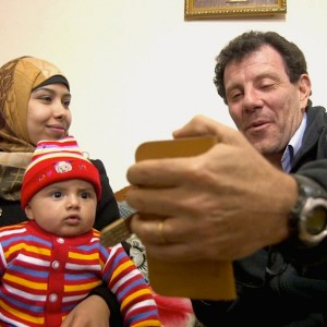 Nicholas Kristof makes a selfie in Gaza