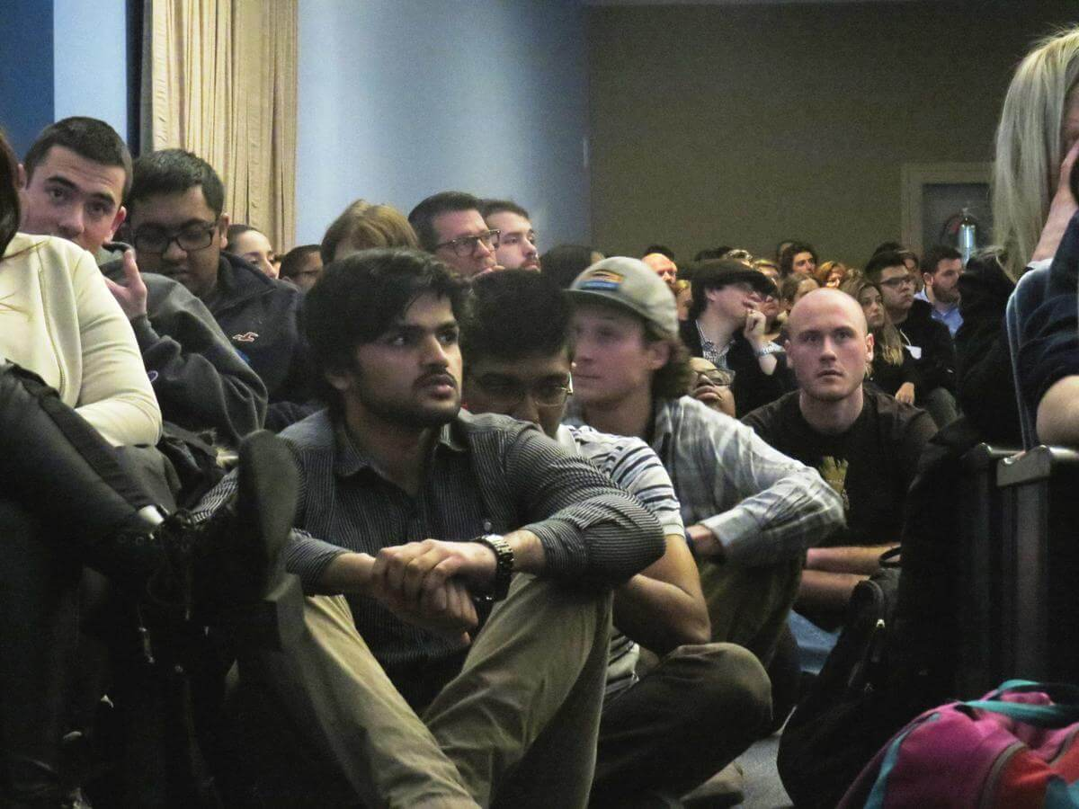 Connecticut College students await their turn to speak. (photo: DAVID DESROCHES / WNPR)