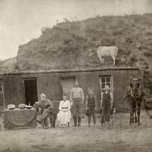 Settlers in Nebraska, 1886 (Photo: Solomon D. Butcher)