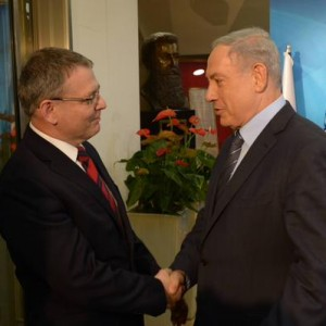 Prime Minister Benjamin Netanyahu met on June 8  with Czech Foreign Minister Lubomir Zaoralek.