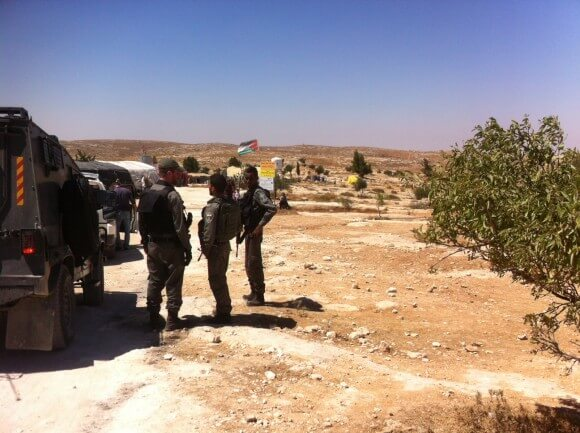 Soldiers enter Susiya
