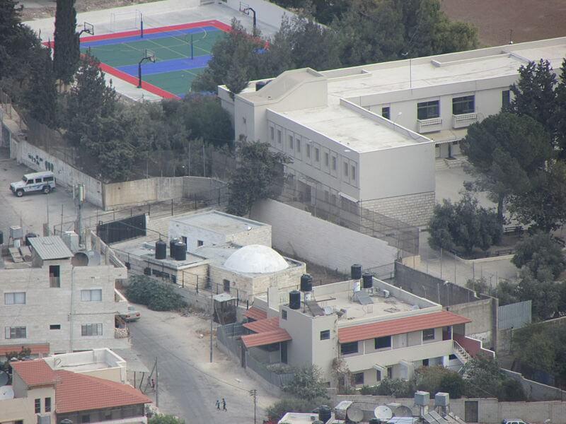A photo of Joseph's Tomb taken from Mitzpe Yosef, an Israeli settlement located on Mount Gerizim near Nablus. (Photo: Wikimedia Commons)