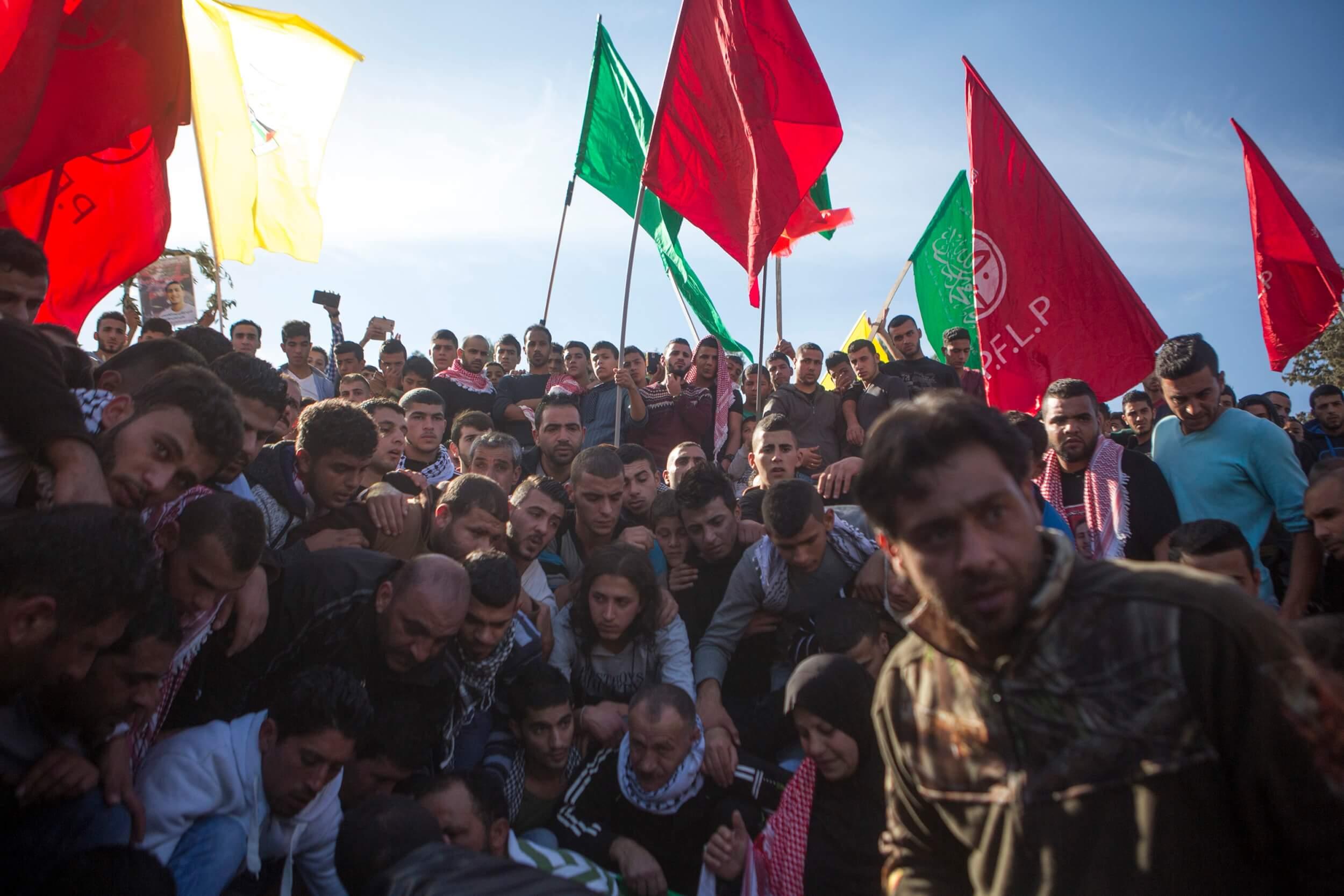 Hundreds attend funeral of Khalid Mahmoud al-Jawabreh