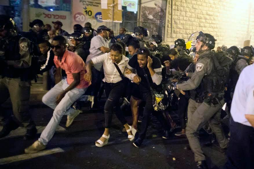 Ethiopian Israelis took to the streets of Jerusalem on the evening of April 30 to protest police brutality and systemic racism.  (Photo: Lior Mizrahi)