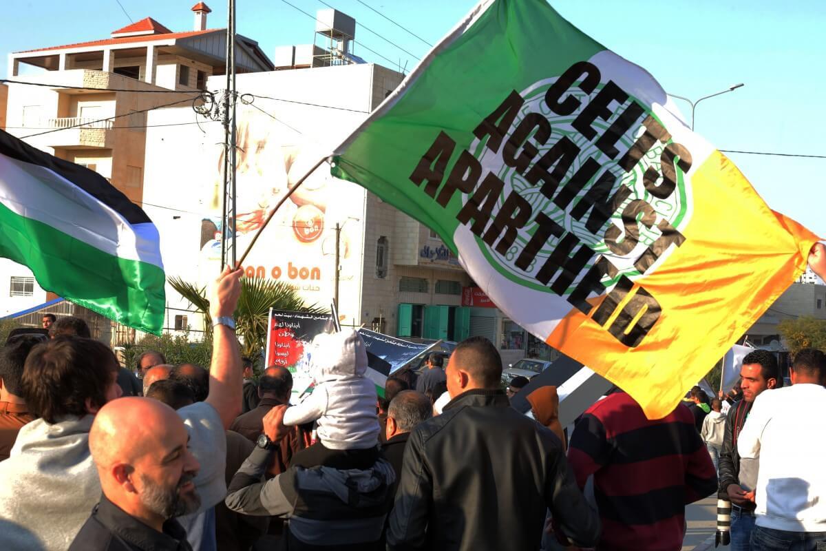 Several groups of internationals in town for next week's Bethlehem Marathon were also in attendance. (Photo: Abed al Qaisi/Mondoweiss)