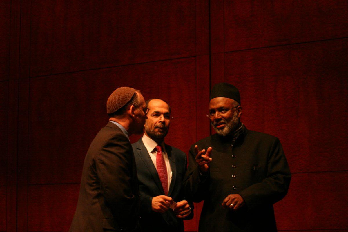 Left to right: Jason Kimelman-Block, Bend the Arc; Nihad Awad, executive director of CAIR; Johari Abdul-Malik, Imam at Dar Al-Hijrah in Northern Virginia. (Photo: Wilson Dizard)