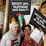 Activists call on New York Governor Andrew Cuomo to rescind his recent anti-BDS executive order. (Photo: Jesse Rubin)