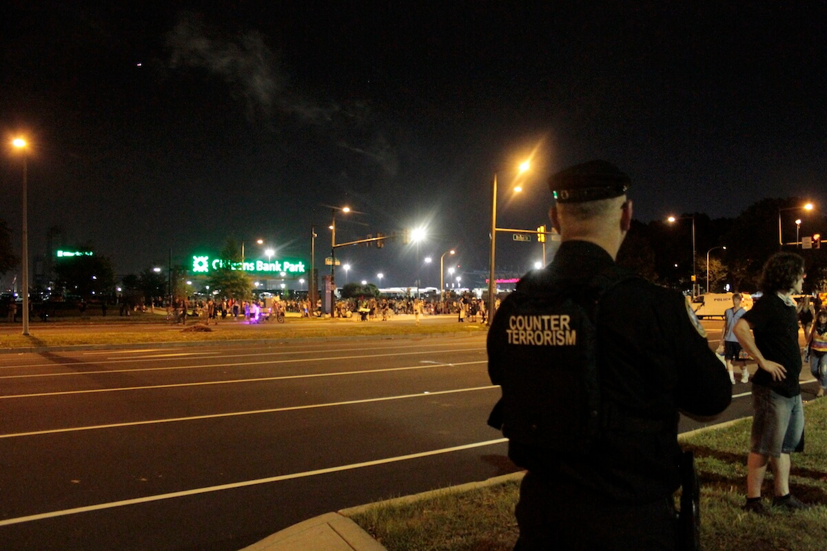 A counter terrorism police officer on Tuesday night outside the convention. (Photo: Wilson Dizard)