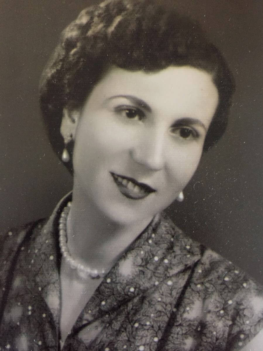 Violet Nassar, Tamara's grandmother.