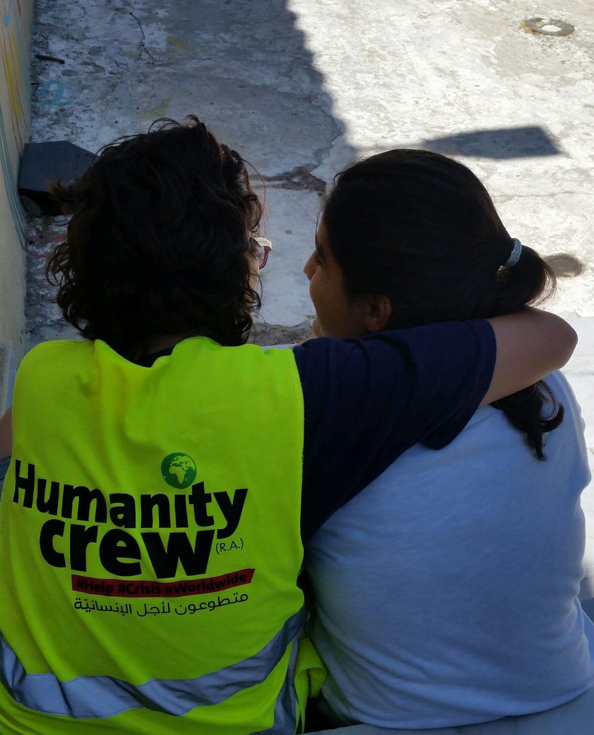 Palestinian Humanity Crew members provide psycho social support for refugees in Greece. (Photo: Michaela Whitton)