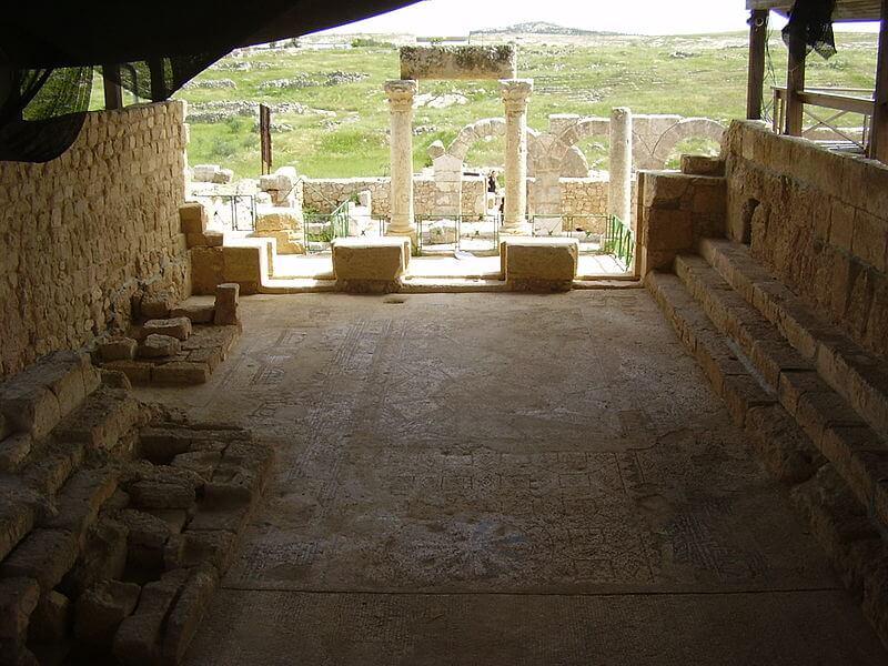 Synagogue in ancient Susiya (photo: Wiki Common)