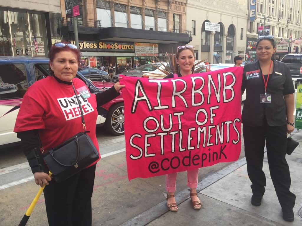 Unite Here protests Airbnb.