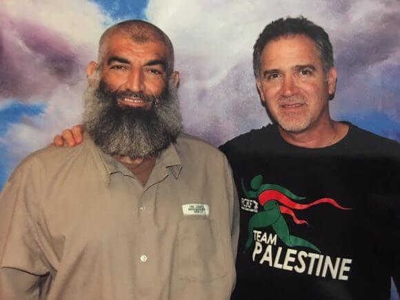 Miko Peled visiting Mufid Abdulqader in federal prison