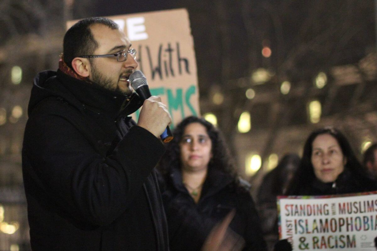 Taher Herzallah speaks at the rally in Washington DC. (Photo: JVP)