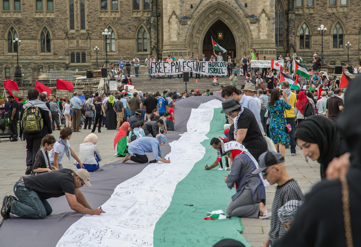 Protest in front of Canada's parliament, 2014. (Photo: Tony Webster)