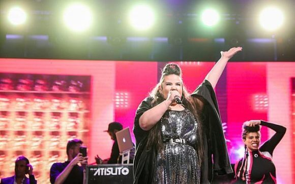Winner of the Eurovision 2018 song contest Netta Barzilai performs at Rabin Square in Tel Aviv, on May 14, 2018. (Photo: Tomer Neuberg/ Flash90)