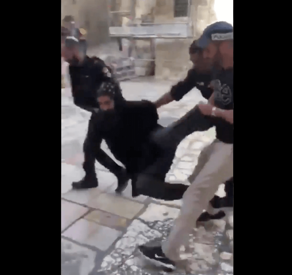 Video: Israeli police arrest Coptic priests protesting at