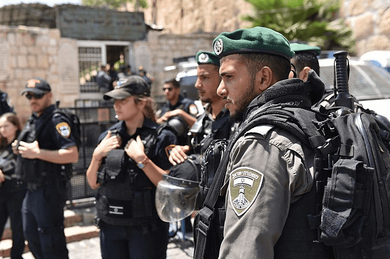 Israeli police officers in Jerusalem on 28 July 2017 (Wikimedia)