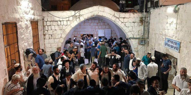 Settlers visit Joseph's Tomb in occupied territory, and 51 Palestinians are injured