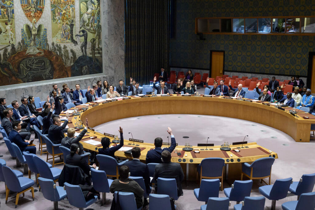 The Security Council votes on a resolution extending the mandate of the United Nations Integrated Peacebuilding Office in Guinea-Bissau on February 28, 2020. (Photo: UN Photo/Loey Felipe)